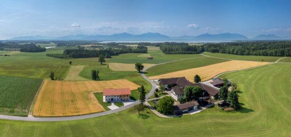 Ferienwohnung im Chiemgau mit Panoramablick